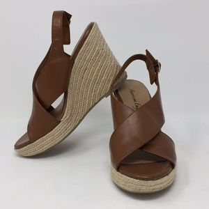 American Eagle Wedge Platforms Brown Faux Leather